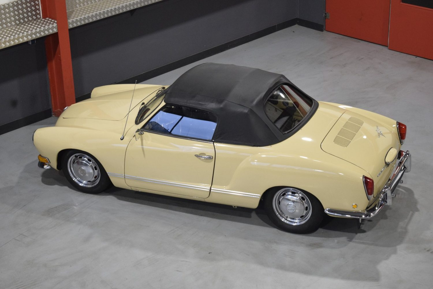 1971 Volkswagen Karmann Ghia Convertible 1 3l Tuned Imports